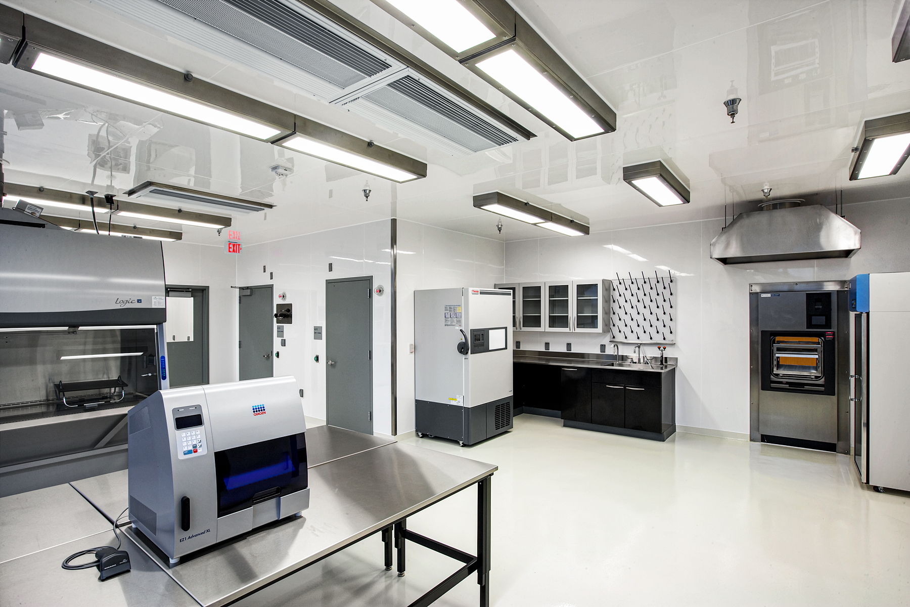 Arcoplast forensics lab using GFRP Panelling lead lined system